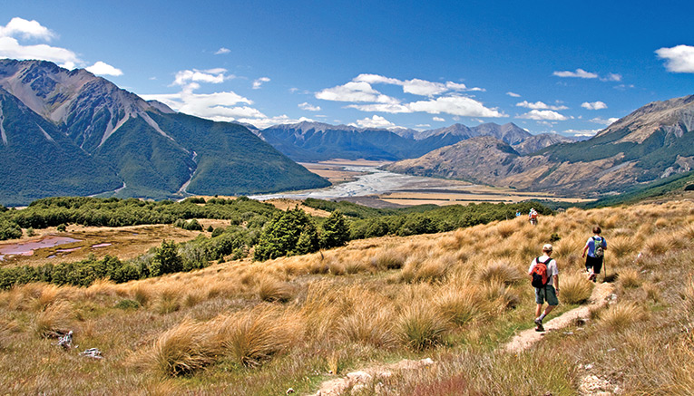 Wnzq-new-zealand-walking-10